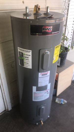 $$220$! Electric water heater- boiler electrico (50 gallons!) for Sale in Laveen Village, AZ