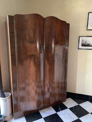 Wooden Armoire antique for Sale in Miami, FL