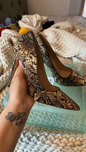 Heels 7 1/2 for Sale in San Bernardino, CA