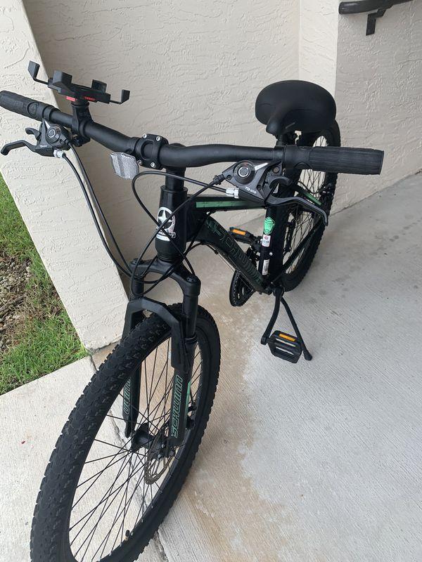 Schwinn mountain- bike 26-front and back Disc. 21 Speed