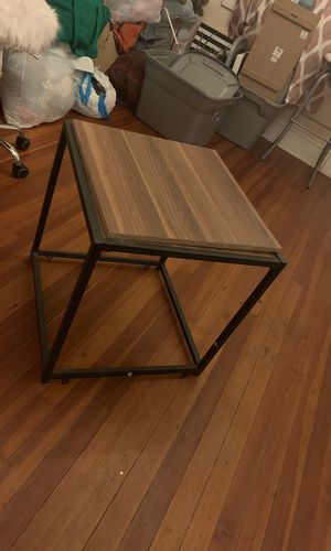 End table for Sale in Richmond, VA