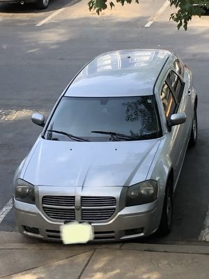 2006 Dodge Magnum for Sale in Germantown, MD