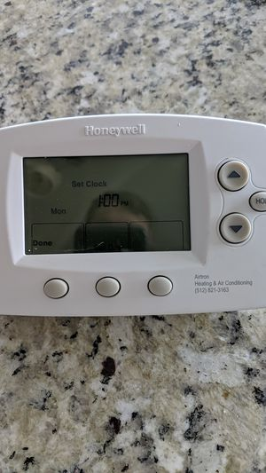 Honeywell Thermostat for Sale in Manor, TX