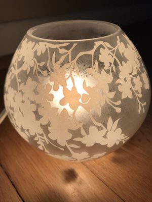 Table Lamp - Floral - NEW for Sale in St. Clair Shores, MI