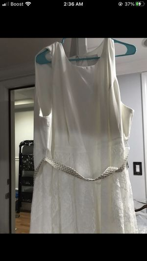 Wedding dress with cover for Sale in Waterbury, CT