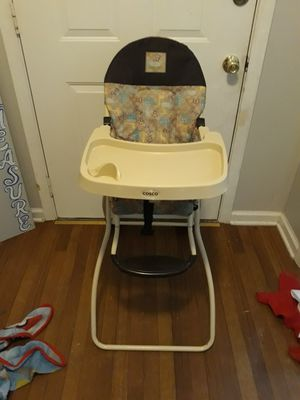 High chair for Sale in Clarksville, TN