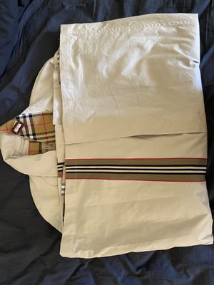 Burberry trench coat for Sale in Denver, CO