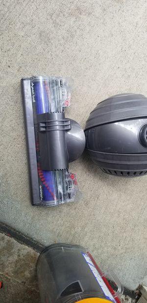 Dyson DC65Animal Upright Vacuum Cleaner for Sale in Shawnee, KS