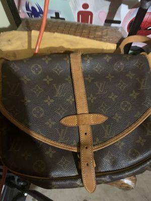 Louis Vuitton bag for Sale in Crowley, TX