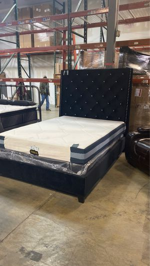 Brand new queen upholstered bed frame special! Was $599 right now only $399 take home with only $40 down! for Sale in Nashville, TN