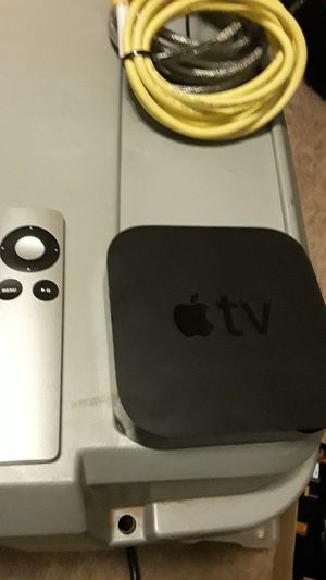 Apple TV box 3 Gen with remote portrait app for Sale in Pataskala, OH