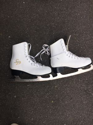Ice skates size 5 ladies for Sale in Osseo, MN