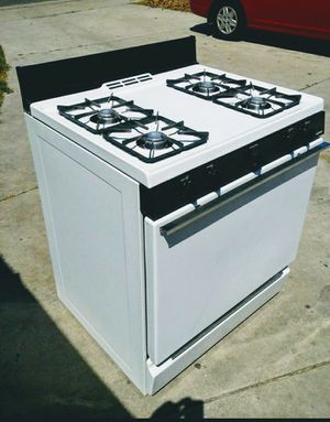 *( 30 inch) **CLEAN* Gas oven stove for Sale in Anaheim, CA