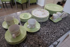 Plate and cups set for Sale in Arlington, VA