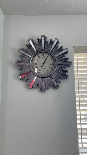- Wall clock with mirrors - for Sale in South Jordan, UT