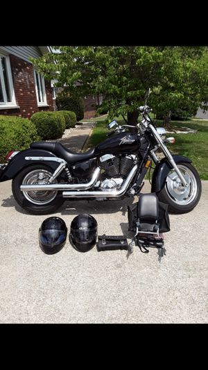 2001 Honda 1100 Shadow Sabre for Sale in East Alton, IL