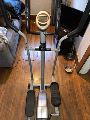 Sunny health and fitness elliptical for Sale in Detroit, MI