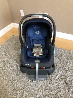 Uppababy Mesa car seat (excellent condition) for Sale in West Sacramento, CA