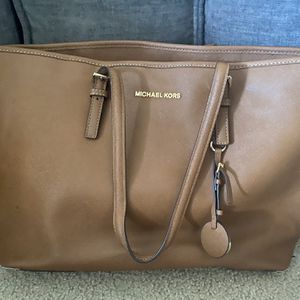 Michael Kors Jet Tote for Sale in Wilmington, MA