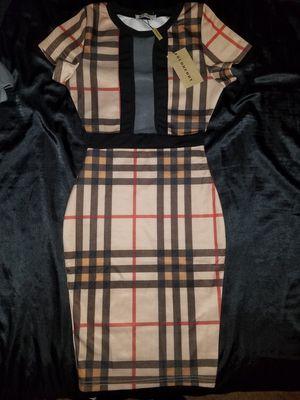 Gucci Burberry dress for Sale in Phoenix, AZ