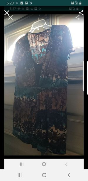 Plus size 2x shirt for Sale in Orlando, FL
