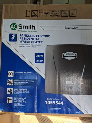 A.O. smith Signature 240-Volt 28-kW 2.4-GPM Tankless Electric Water Heater for Sale in Nashville, TN