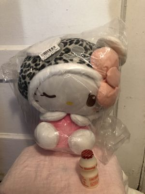 Hello Kitty in Leopard Hat (Toreba Crane Game) Plush Stuffed Animal for Sale in San Francisco, CA