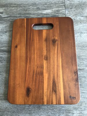 Brand new 16 inch Acacia wood cutting board for Sale in Tampa, FL