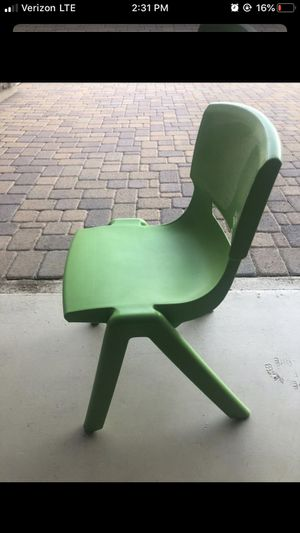 Kids Desk chair for Sale in Peoria, AZ