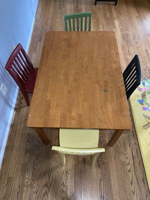 Pottery Barn Kids Carolina Craft Table & 4 Chairs for Sale in Rockville, MD