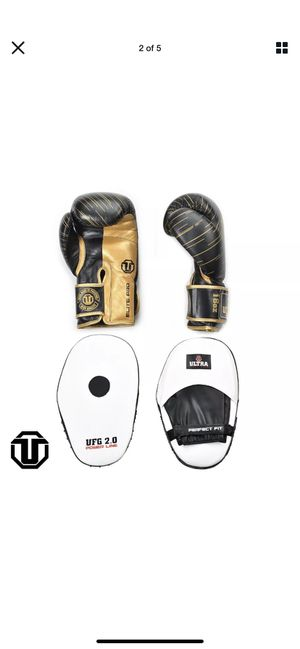 18 oz Leather Boxing Gloves and Boxing Target Training Focus Pads for Sale in Charlotte, NC