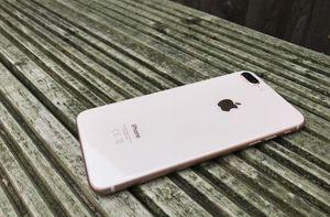 Iphones 8 plus *Like New* *Factory Unlocked* *30 Day Warranty* for Sale in Springfield, VA