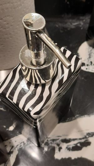 Bathroom essentials for Sale in Evansville, IN