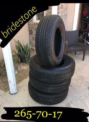 Bridgestone 265/70/17 Tire's like new garage stores. No crack no patches. 80-90 percent tread. Originally off a Toyota FJ Cruiser for Sale in Ontario, CA