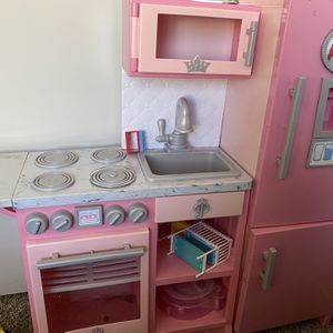 kid's Kitchen for Sale in Vancouver, WA