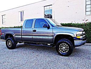ֆ12OO 4WD Chevrolet SIlverado 4WD for Sale in San Angelo, TX