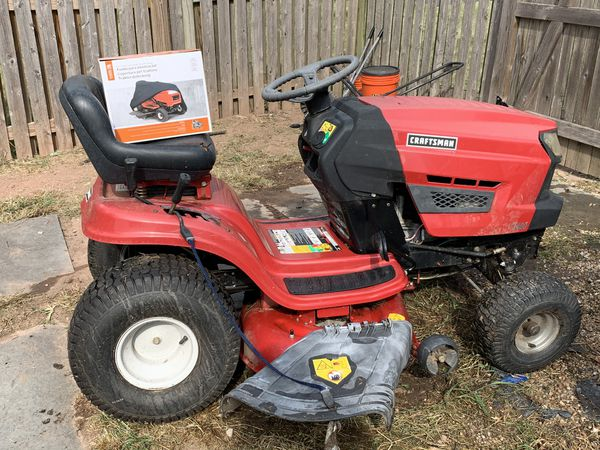 "Craftsman 42"" deck, 17.5 hp Briggs Stratton Lawn Tractor"