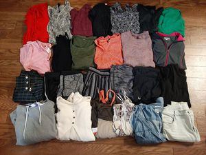Women's size M clothes lot for Sale in Puyallup, WA