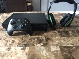 Xbox one x with wireless headset (TRADE FOR PS4 PRO ONLY) for Sale in La Habra, CA