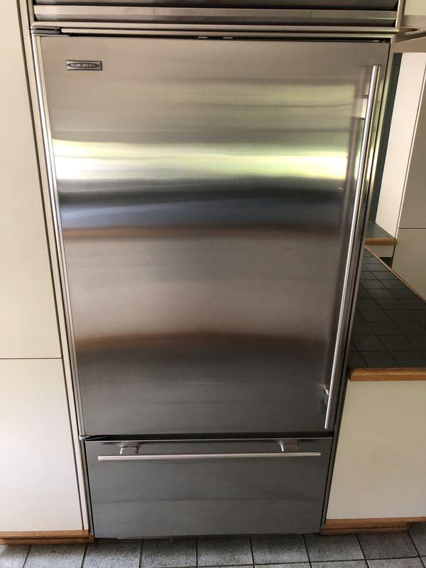 SubZero Refrigerator