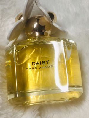 Perfume Daisy Marc Jacobs brand new for Sale in Nashville, TN