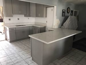 Solid wood RTA Kitchen Cabinet Quartz Counter tops Warehouse Open To Public for Sale in Lynwood, CA