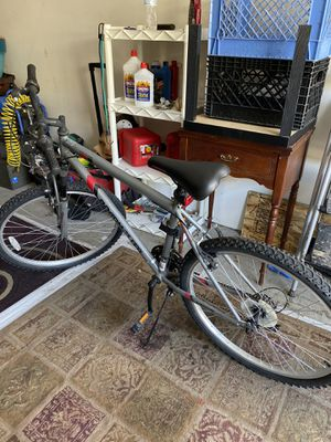Road master universal mountain bike for Sale in Las Vegas, NV