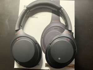 Sony WH1000-XM3 noice canceling headphone for Sale in Washington, DC
