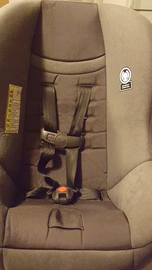 Great condition car seat. Manufacture date 05/23/2017 for Sale in Riverside, CA