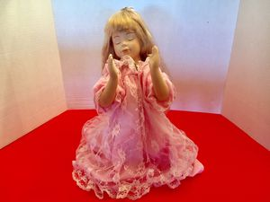 "Porcelain Doll Pink Lace Praying Kneeling 13"" for Sale in Arlington, TX"