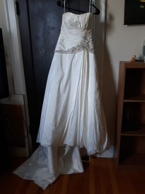 Wedding dress for Sale in Roanoke, VA