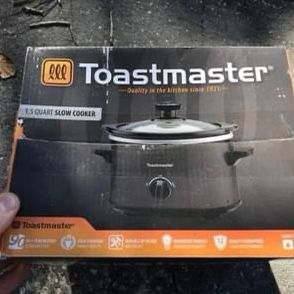 Toastmaster 1.5 quart Slow-cooker. Open box, NEW for Sale in St. Petersburg, FL