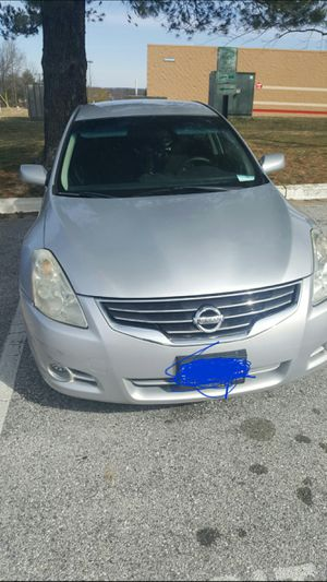 Nissan altima for sell need front engine mount O2 sensor light need fix for Sale in Adelphi, MD