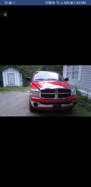2006 Dodge Ram 1500 regular cab SLT pickup 2 door, 6 1/4 ft for Sale in Burnsville, NC